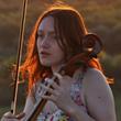 В «Петровском» даст концерт поющая виолончелистка Алиса Апрелева