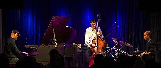 Отчет с концерта швейцарского джазового трио «Vein» в Воронеже